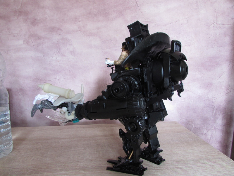 """Robot de chargement 2199 et des poussières - Ma première machine à café """"comme quoi on peut tout faire avec rien..."""" Z_411"""