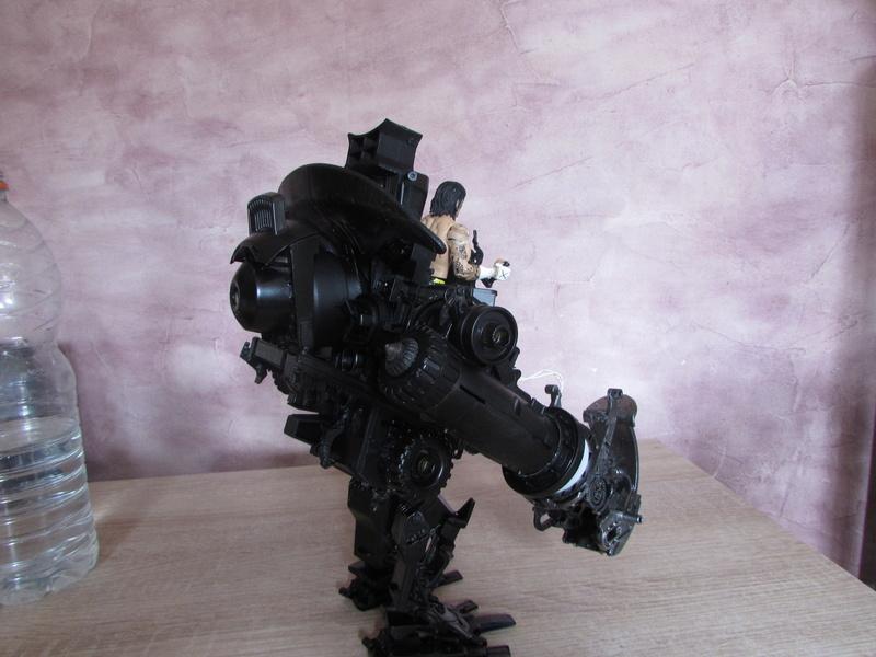 """Robot de chargement 2199 et des poussières - Ma première machine à café """"comme quoi on peut tout faire avec rien..."""" Z_511"""