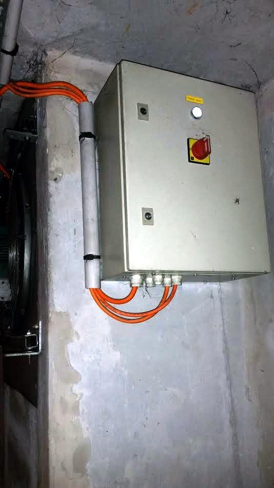 Prestataire pour installation de prise dans un garage (en immeuble en copro) : PROXISERVE ? Boitie10