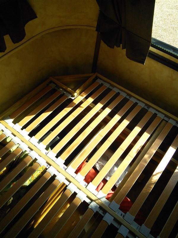 Un sommier maison pour un lit confortable - Page 2 Sommie12
