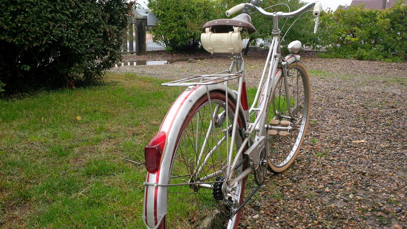 Motoconfort gris & rouge Img_2025