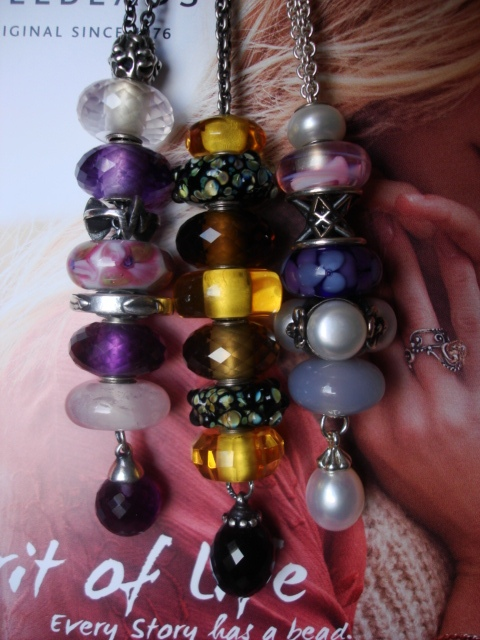 Show me your fantasy necklace! Dsc00212