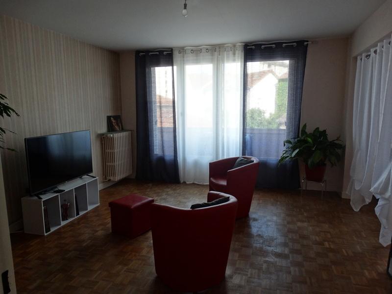 agencement salle à manger-salon et chambre dans même piéce Dyco_y17