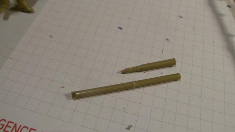 Douilles d'obus de 75mm pour Panther (1/35) Sam_3411