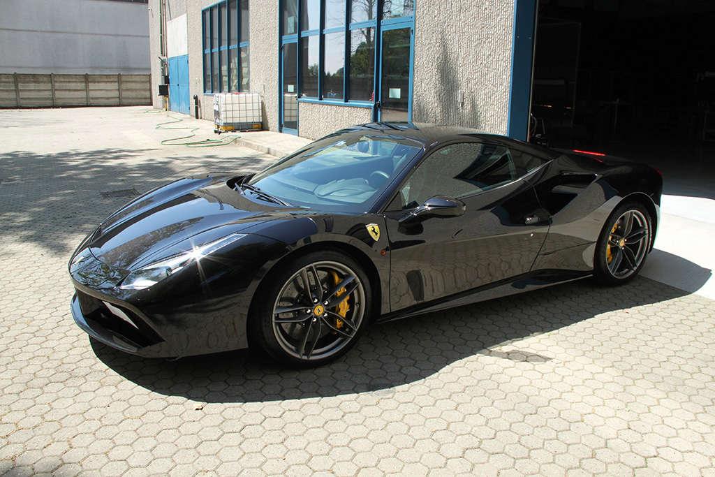 Davide Engheben @ BigFoot Centre in Ferrari 488 GTB Nanotech Detailing 3511