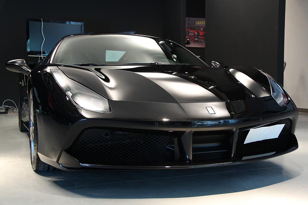 Davide Engheben @ BigFoot Centre in Ferrari 488 GTB Nanotech Detailing 3811