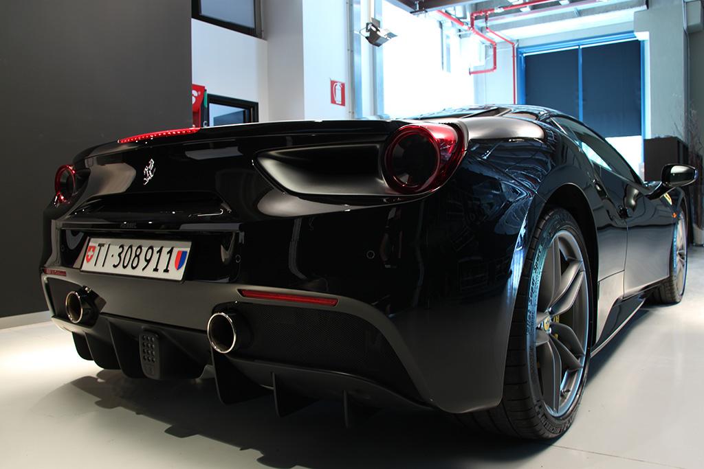 Davide Engheben @ BigFoot Centre in Ferrari 488 GTB Nanotech Detailing 4011
