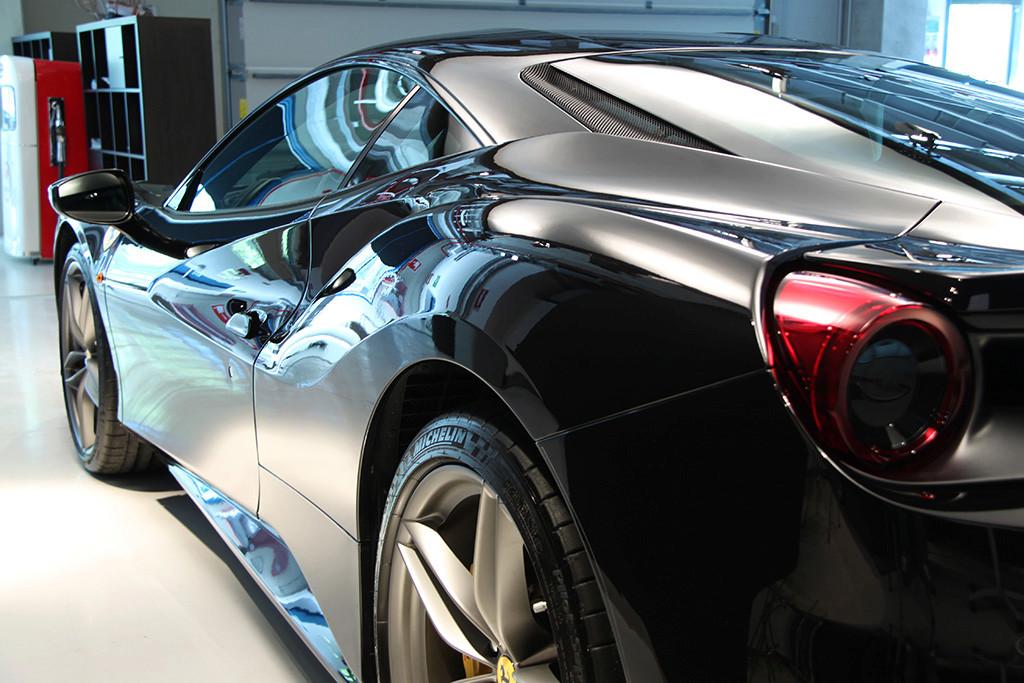 Davide Engheben @ BigFoot Centre in Ferrari 488 GTB Nanotech Detailing 4410