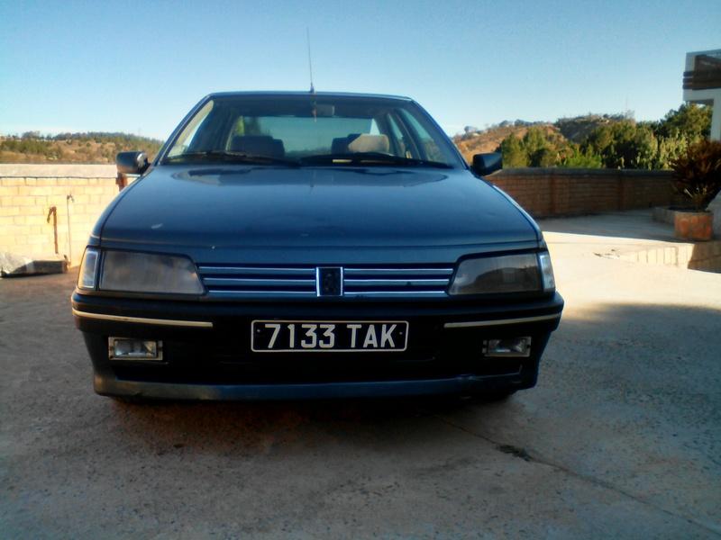 Peugeot 405 Signature ( Madagascar ) Img_2014