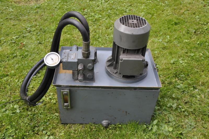 Vends copieur hydraulique pour ERNAULT AC280 Tour_e16