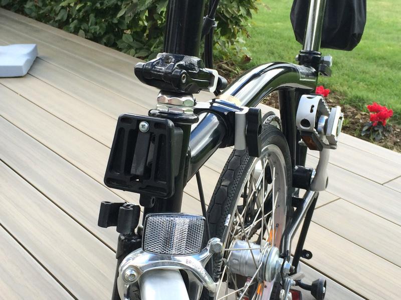 [VENDU] - Vends 2 vélos Brompton 3 vitesses noirs de 2004 Img_5719