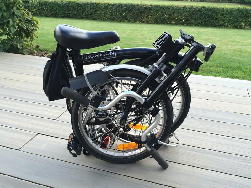 [VENDU] - Vends 2 vélos Brompton 3 vitesses noirs de 2004 Img_5724
