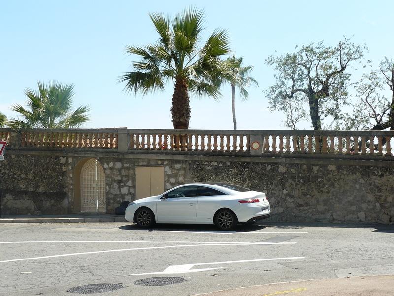 [doudougege] Laguna III.2 Coupé Monaco 2.0 dCi 150 P1110910