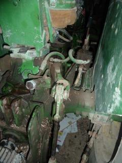 Problème huile hydraulique john deere 1120 P1100711