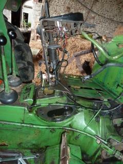 Problème huile hydraulique john deere 1120 P1100810