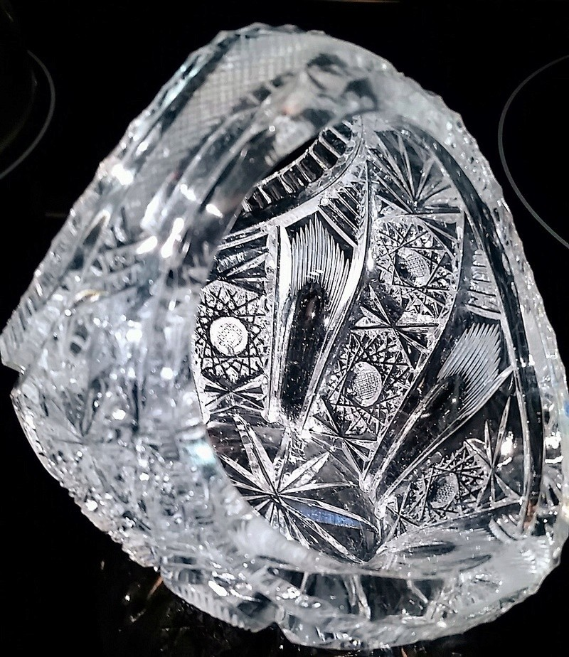 Crystal or Glass. Waterford Glass maybe?? Bowl210