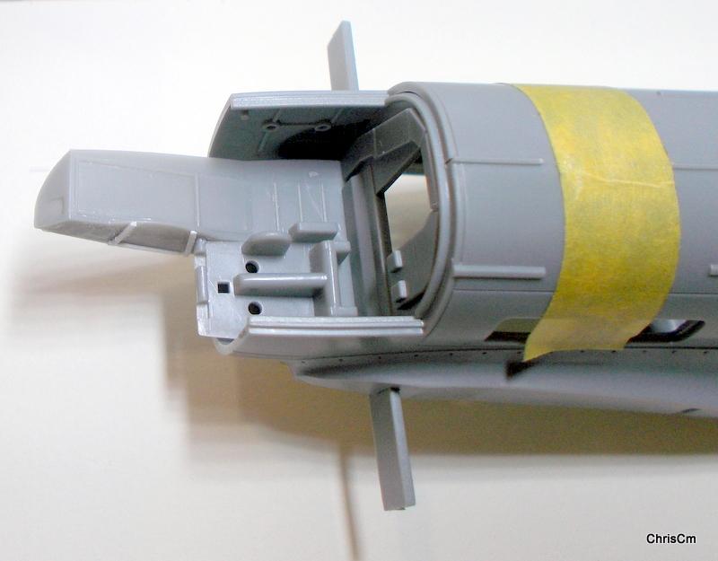 """[Hasegawa] Heinkel He 111 H6 """"TORPEDO BOMBER""""  Dscn0468"""