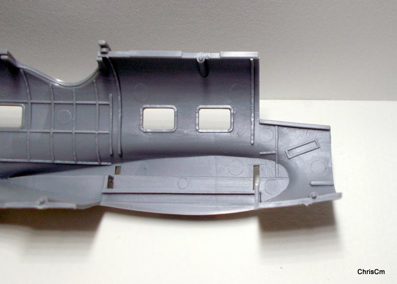 """[Hasegawa] Heinkel He 111 H6 """"TORPEDO BOMBER""""  Dscn0515"""