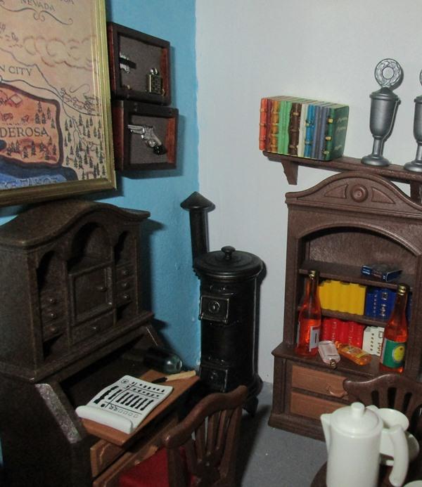 Möbel, Geschirr und ähnliche Kleinteile zur Figurengröße 7 cm Syttel12