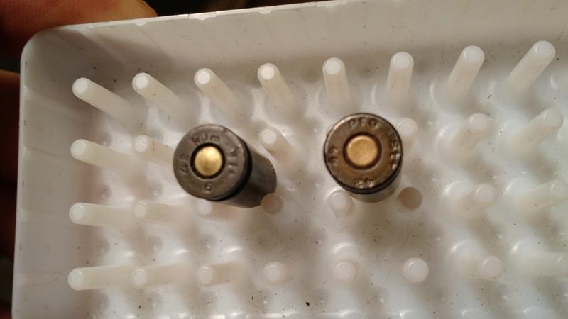 Identification de deux codes sur des culots de cartouches 9mm P08 Img_2016