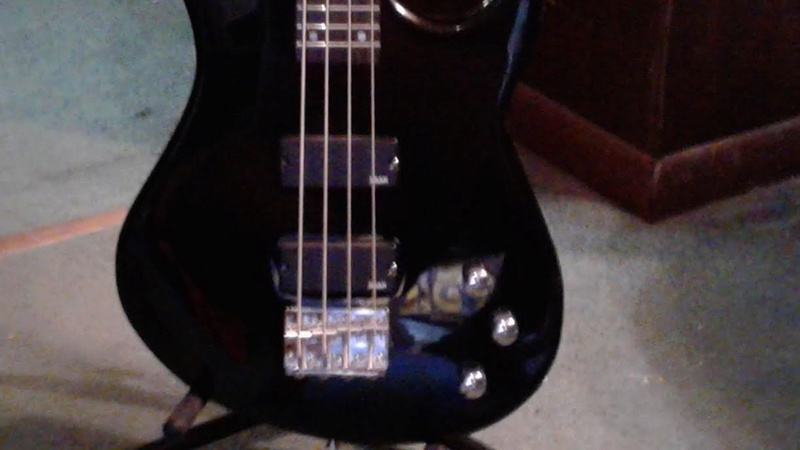 Dean 4 String Bass Like New $140 Unname10