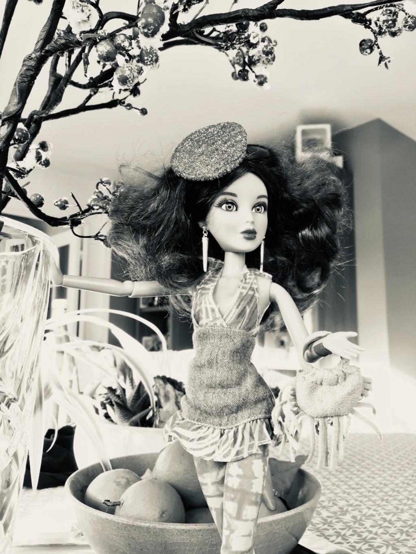 Les poupées de Yapuka.  - Page 8 Fullsi12