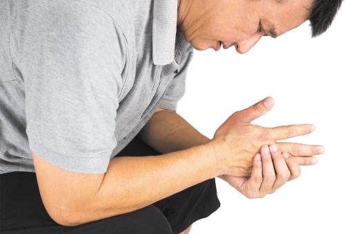 Hỏi đáp bác sĩ: triệu chứng đau khớp bàn tay Bi_gou10