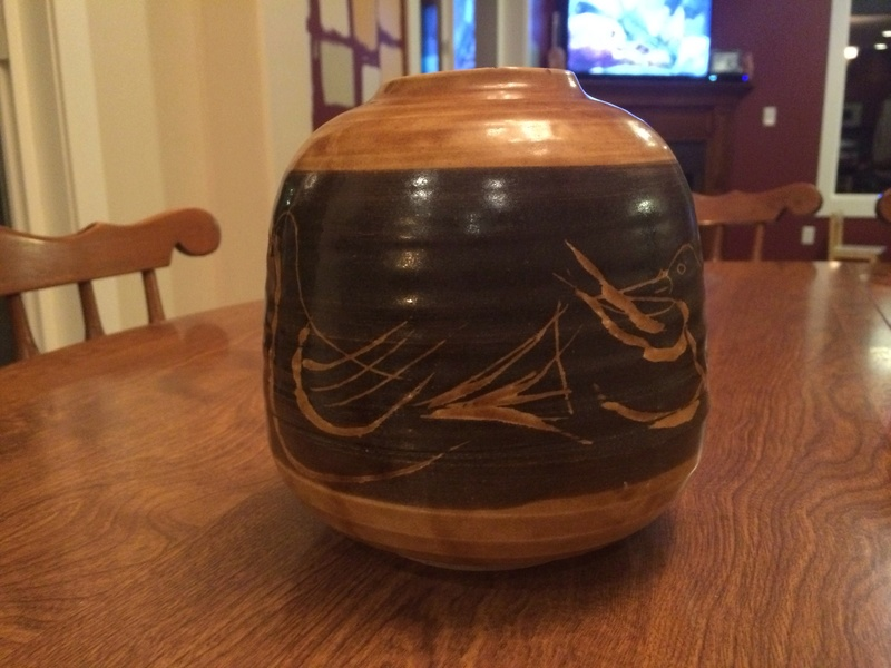Last piece, another vase? Yellowish pottery with birds Image25