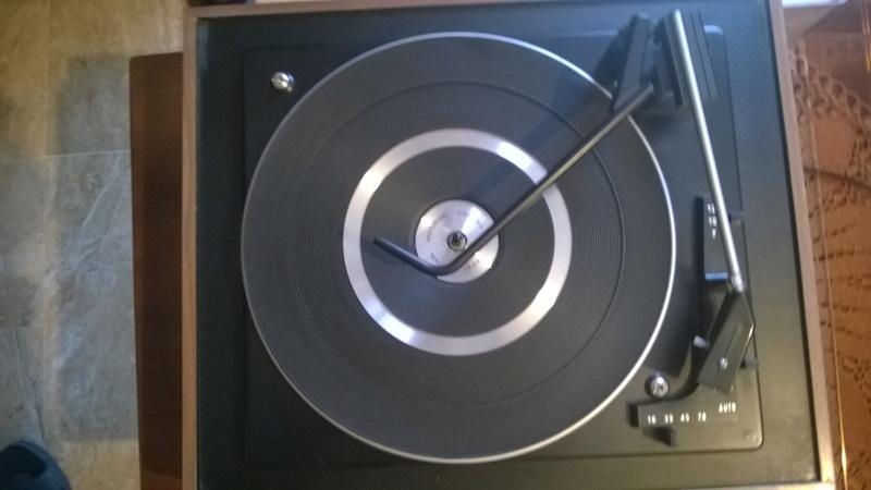 Amplificatore morto e giradischi con presa differente Wp_20116