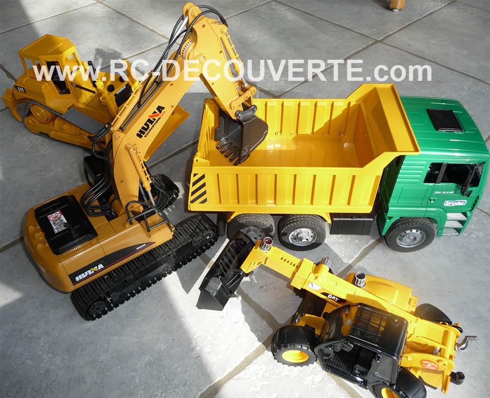 Pelleteuse Huina Toys 1550 Metal Excavator 1/14 Pellet12