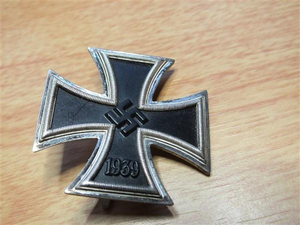Croix  de  fer - Page 3 Dscf6110
