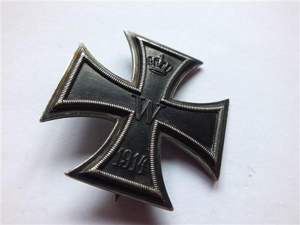 Croix  de  fer - Page 2 Dscf6816
