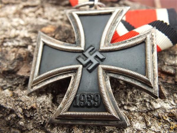 Croix  de  fer - Page 3 Dscf6845