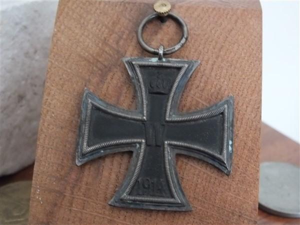 Croix  de  fer - Page 3 Dscf6923