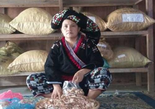 Chữa bệnh xương khớp từ 1 vị lương y huyện Mường Lát, Thanh Hóa  Thay_t10