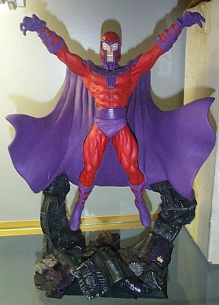 Creative License X-Men MAGNETO Full Size Statue / Sculpture Statue10