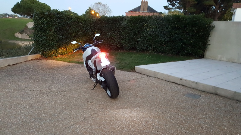 Besoin conseil pour CB1000R Occasion - Page 6 20161011