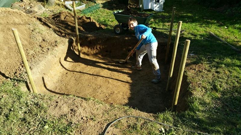 la préparation de l'enclos Img-2012