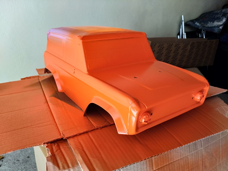 Mon Vaterra Ford Bronco. Img_2010