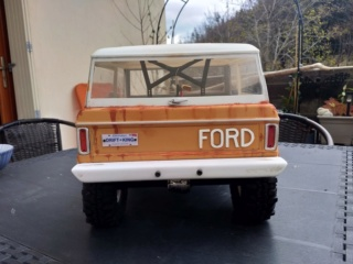 Mon Vaterra Ford Bronco. Img_2046