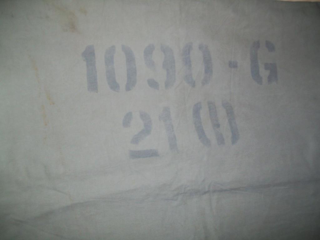1/2 toiles U.S.. 100_5384