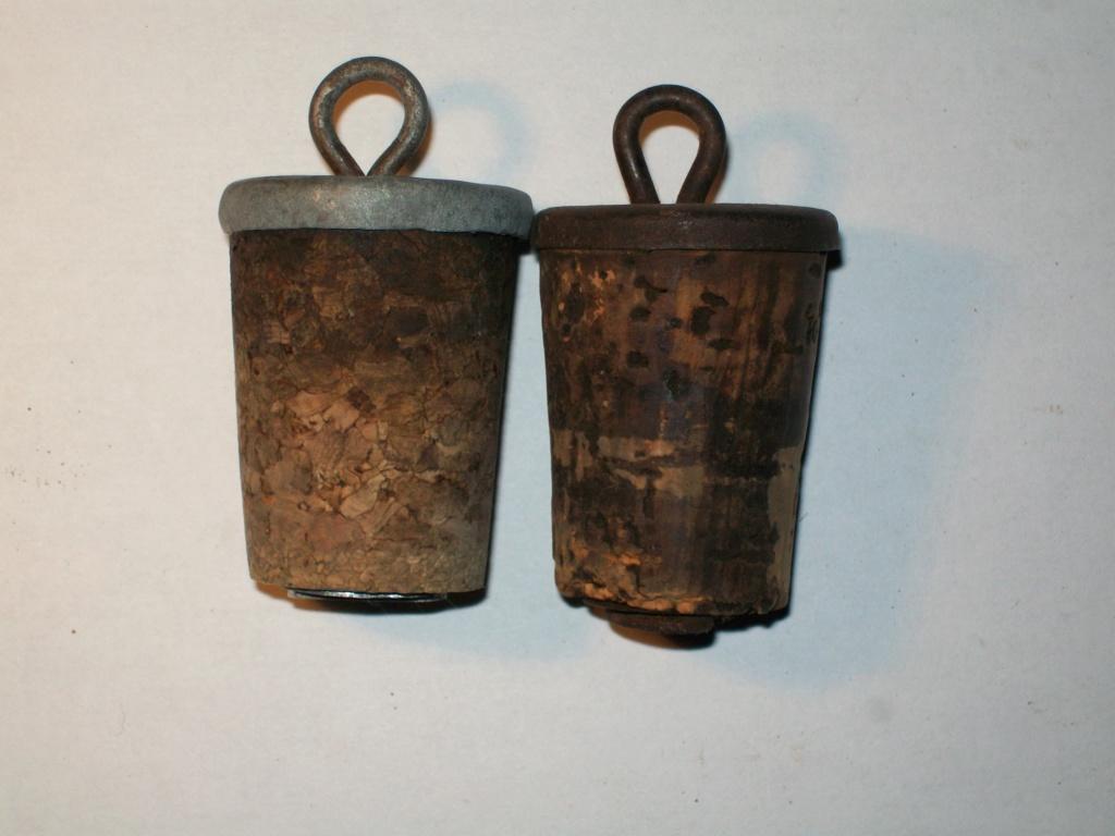 Deux types de bouchons. 100_5821