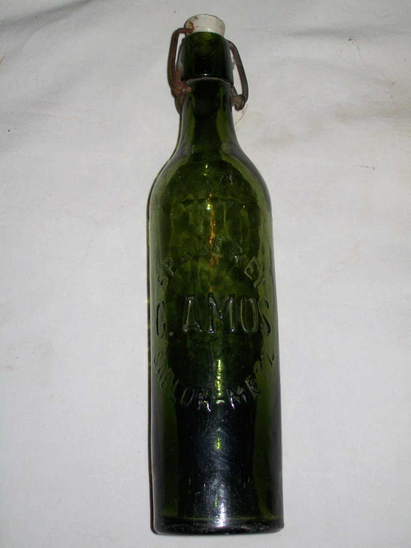 Flacons et bouteilles. 100_6661