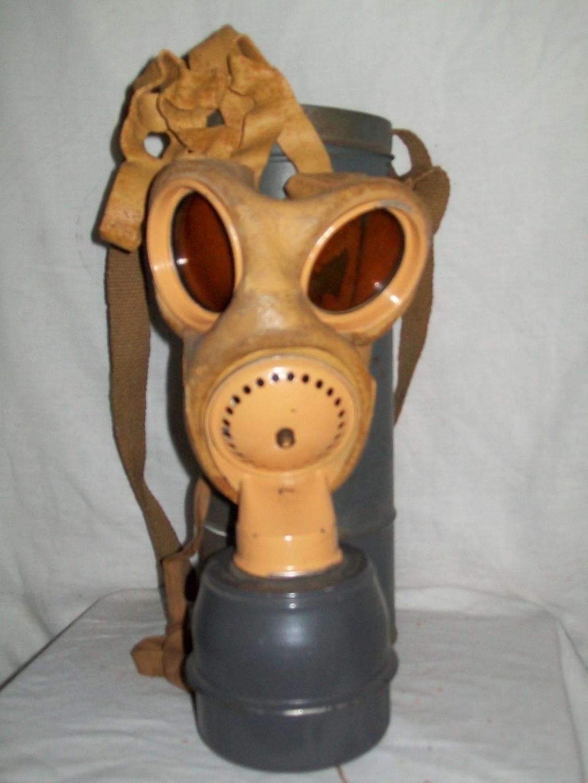 les masques à gaz DP 100_6926