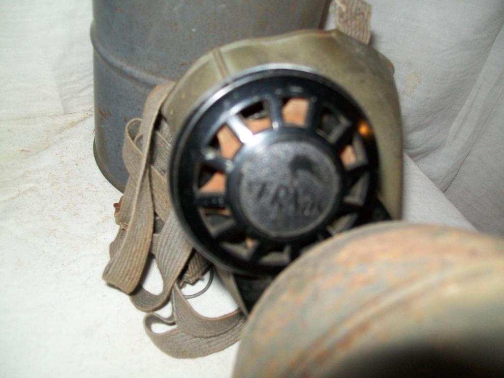 les masques à gaz DP 100_6934