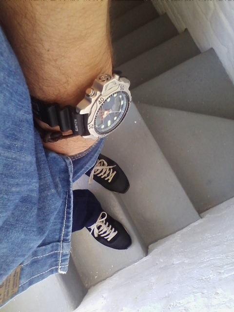 Relojes y calzado Aqua10