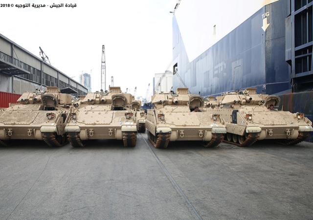 تسلّم الجيش اللبناني الدفعة الثانية من آليات القتال المدرعة نوع  برادلي Np170610