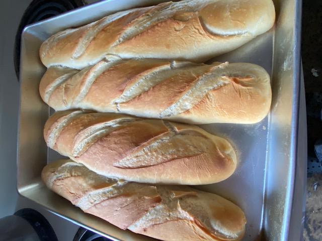 Bánh mì nóng giòn đê.... Img_2420