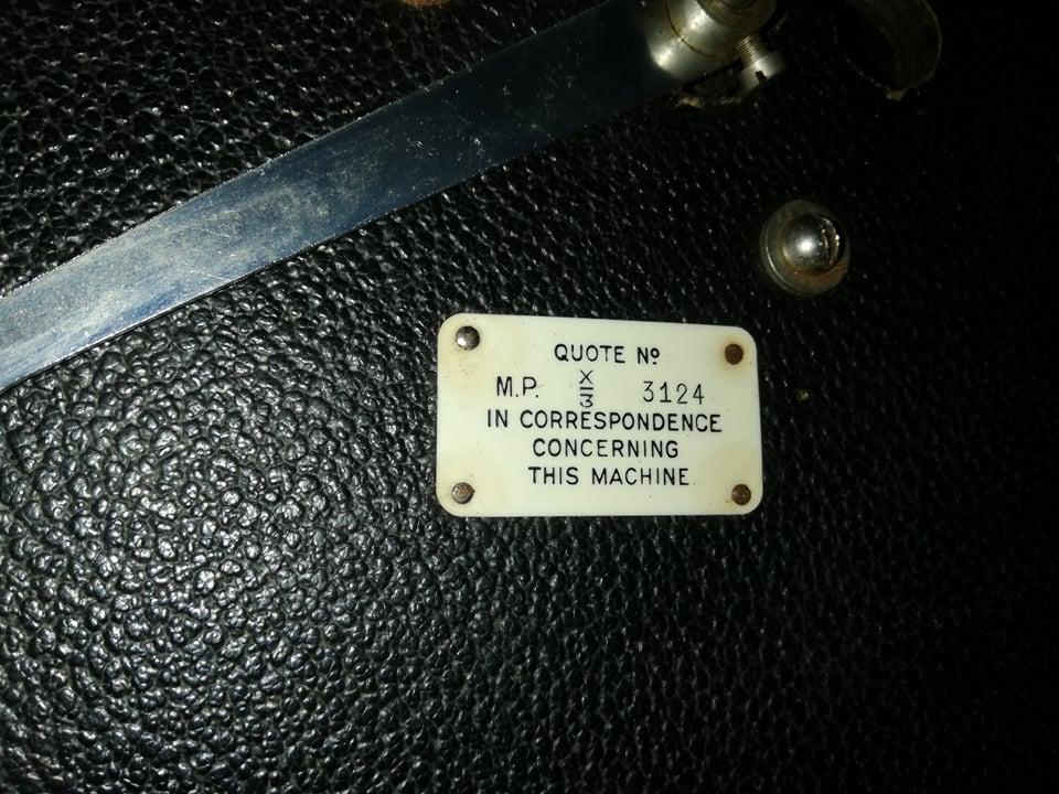 Какая это модель и года?HMV 11760710
