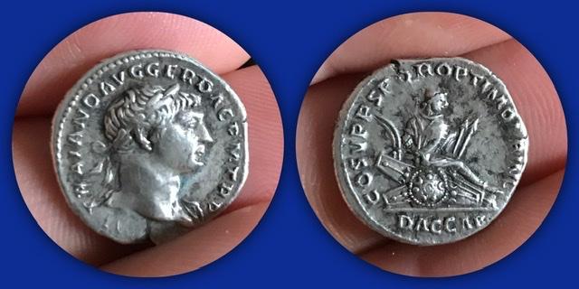 Denario de Trajano. COS V P P SPQR OPTIMO PRINC/ DAC CAP/. Roma 017af910